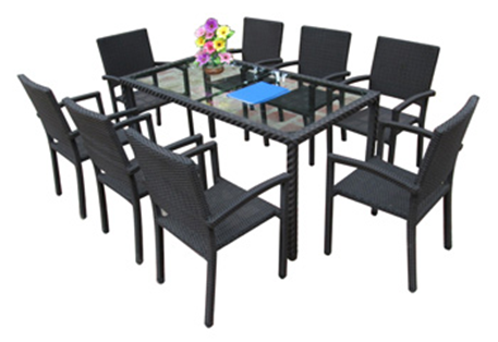set of PE rattan coffee table & 8 chairs