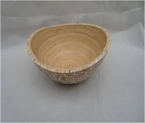 Oval bowl with incrusted bamboo