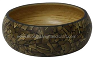 Salad bowl with incrusted bamboo