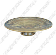 round dish with high base